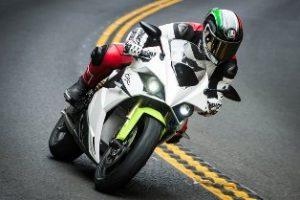 Credit Scott Jones9 lowlow 300x200 - Die Technologien der CRP Meccanica und CRP Technology im Dienst  des ersten italienischen Elektro-Sportmotorrads