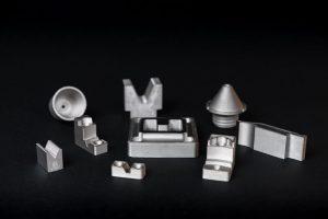 H13 Beispiel Drucke 300x200 - Markforged bringt H13-Werkzeugstahl für hochfeste Werkzeuganwendungen mit hoher Temperatur auf den Markt
