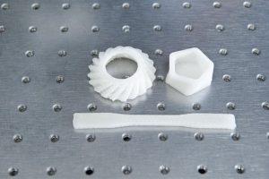 Testobjekte 300x200 - MIT-Entwicklungen: Ein schnellerer 3D-Drucker und antibakterielle 3D-gedruckte Zellulose