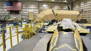 F22 mit 3D gedruckten Teil 300x169 - Erstes metallisches 3D-Druckteil in F-22 Kampfflugzeug installiert