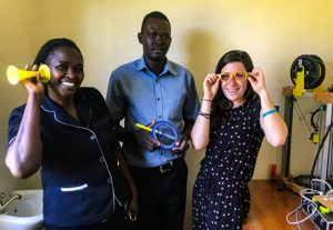3D gedrucktes Equipment Kijenzi 300x207 - Startup Kijenzi benutzt 3D-Druck, um medizinische Geräte nach Kenia zu liefern