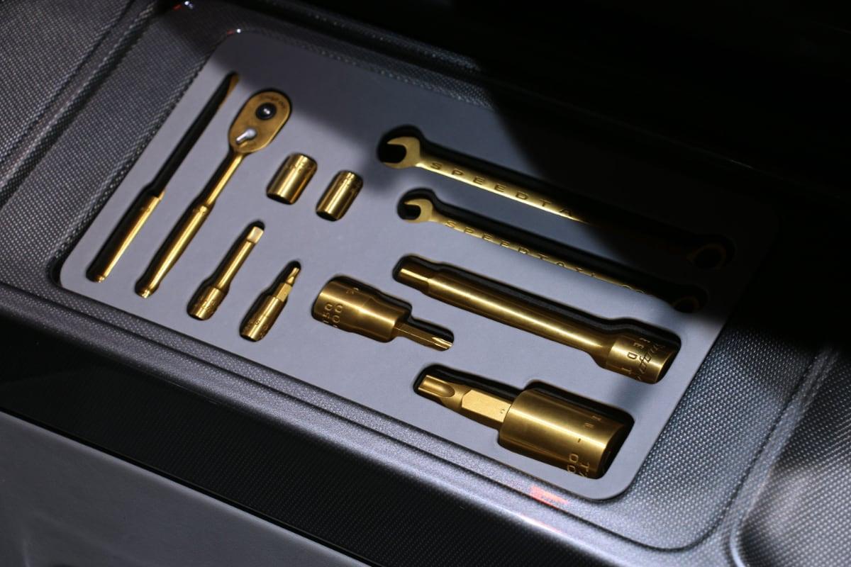mclaren speedtail hat 3d gedruckte titanium werkzeug von. Black Bedroom Furniture Sets. Home Design Ideas